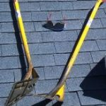 roof-scraping-shovels