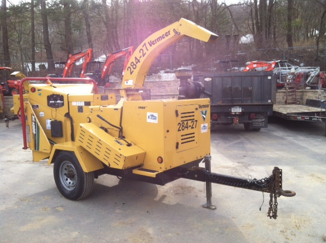 12″ chipper Vermeer BC1000XL FOR SALE